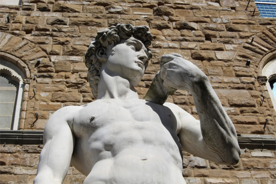 On The Footsteps of Michelangelo