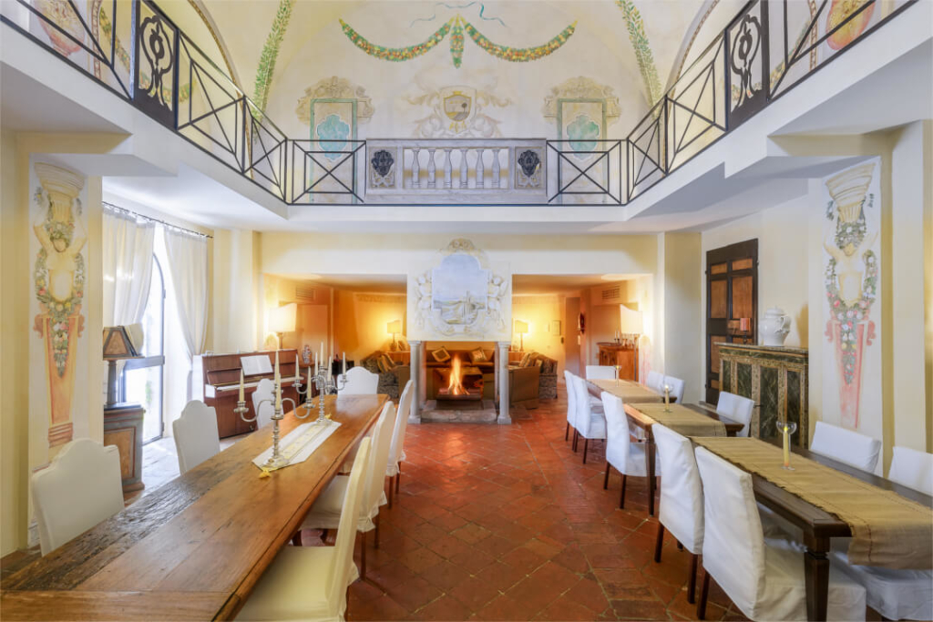 Hamlet-MainLiving-Villa-Valtiberina-Allure-Of-Tuscany