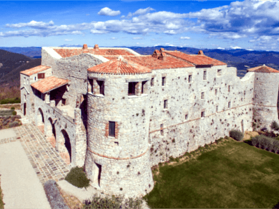Luxury Villas and Castles for Vacation Rental