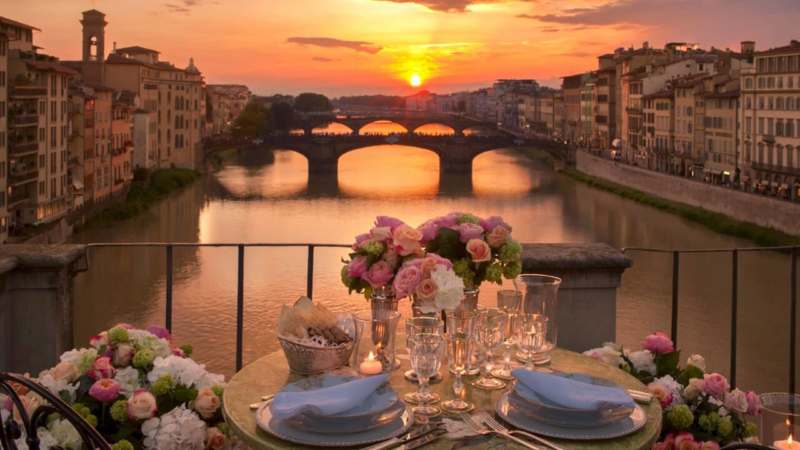 Ponte-vecchio-romantic-dinner-allure-of-tuscany