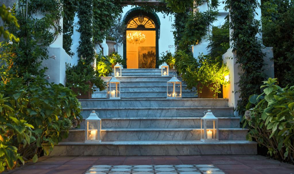 Luxury villa bounganville capri allure of tuscany for Capri luxury villas